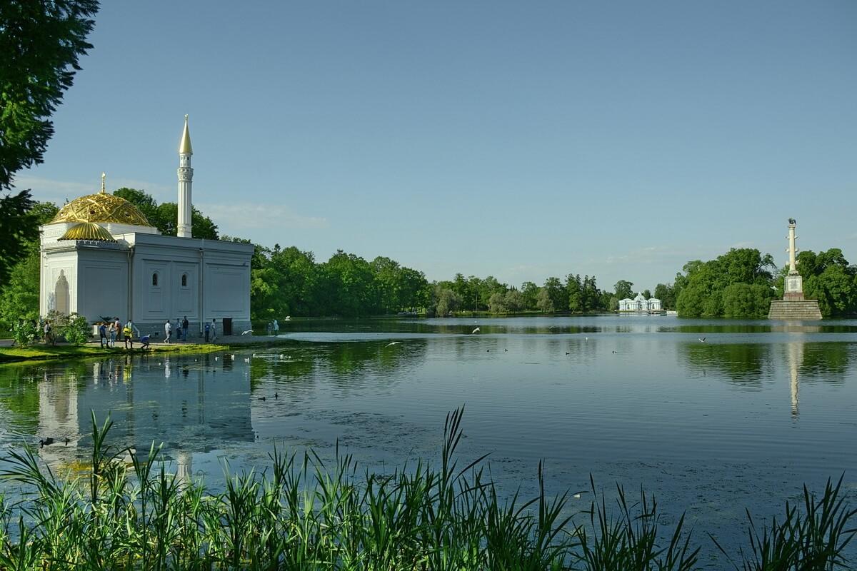 Большой пруд в Екатерининском парке